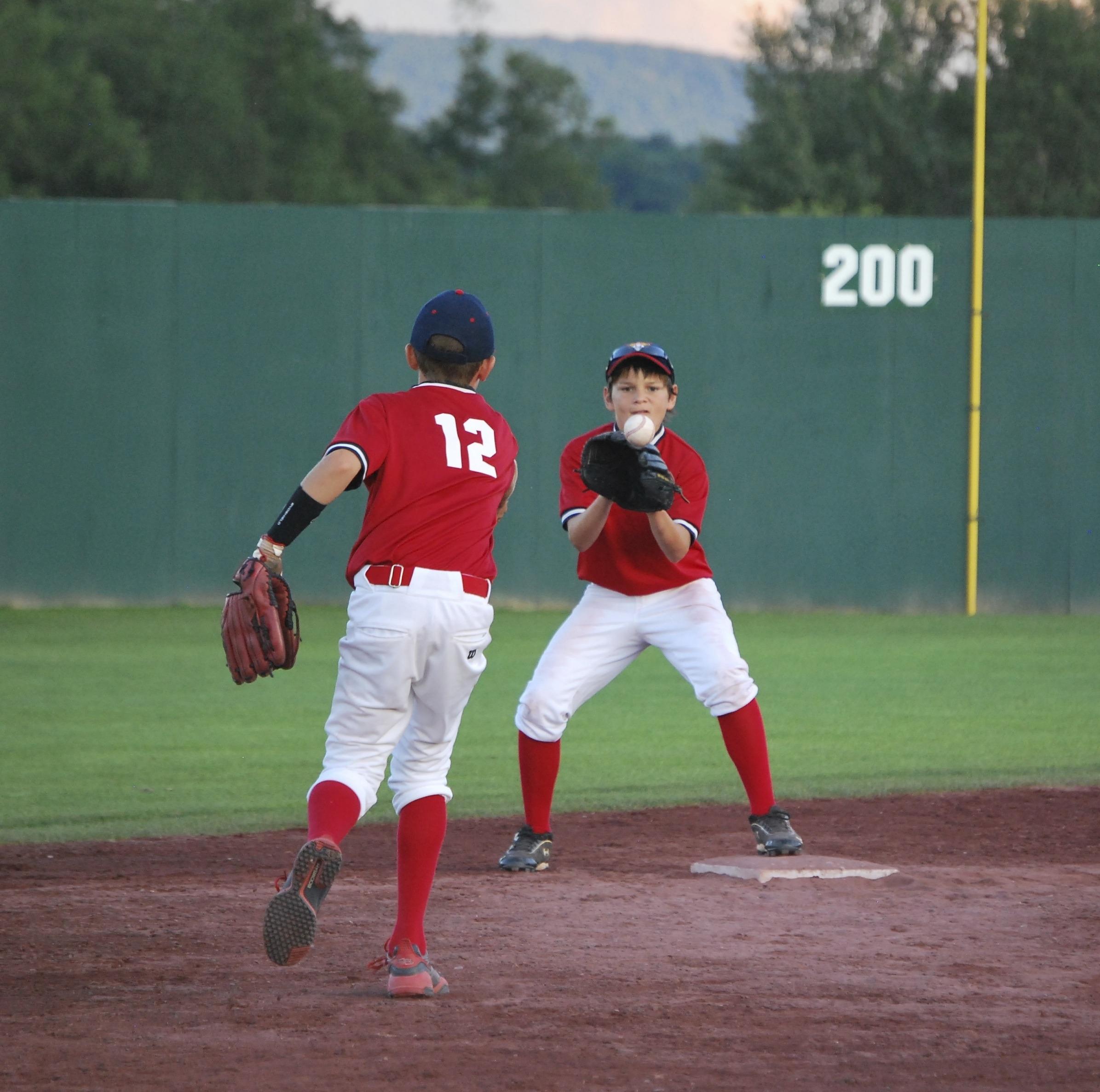 Little Kids Beisbol League