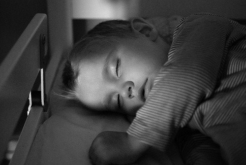 How words and routines affect your child's sleep.