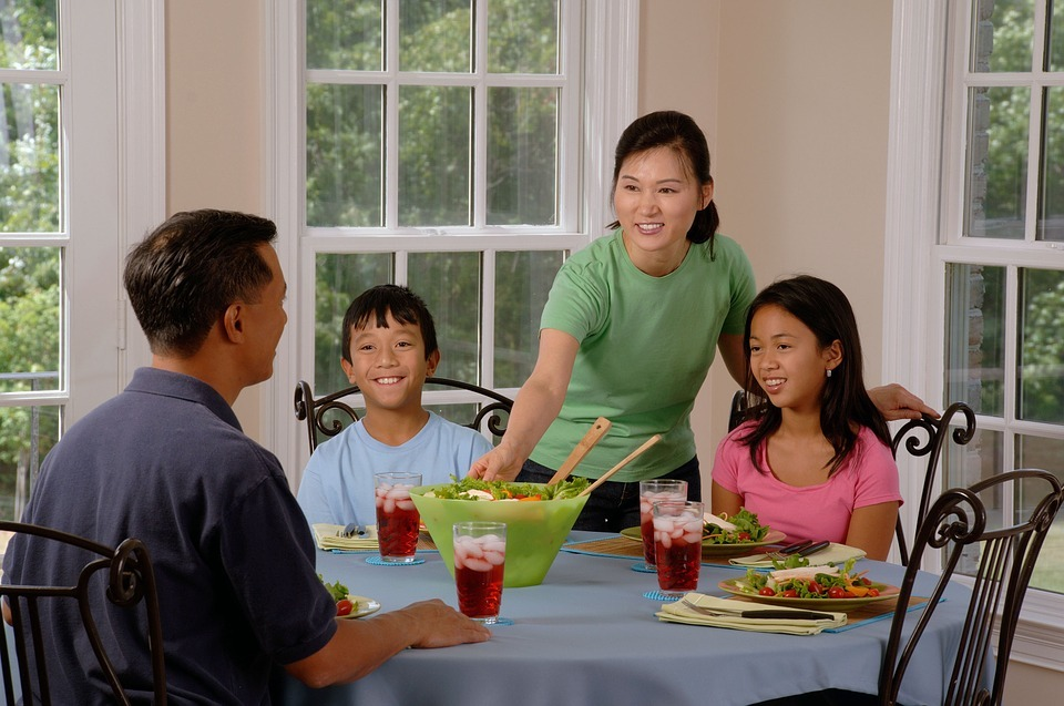 Make Family Dinner Time to Connect