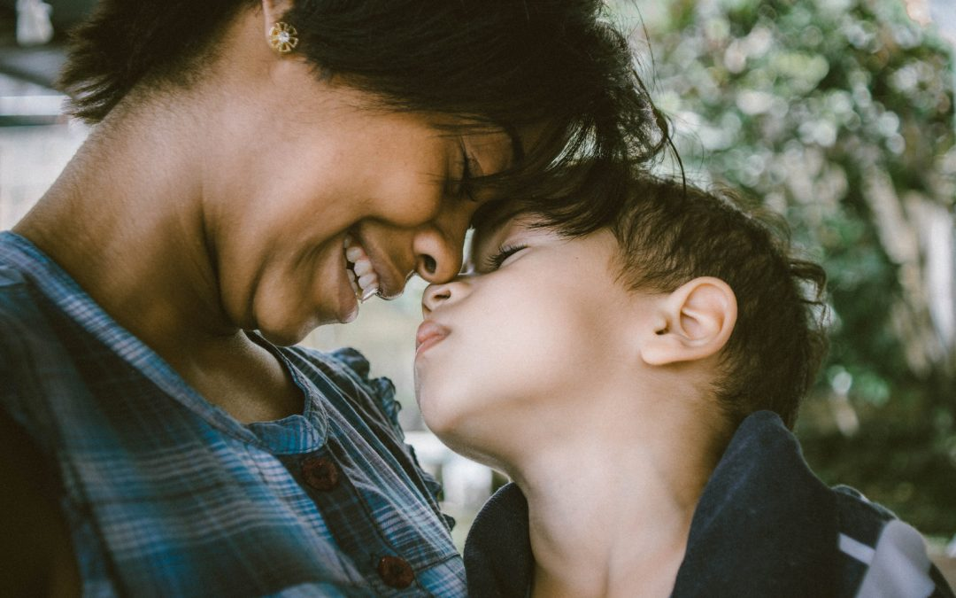 Two Important Ways Parents Can Learn Parenting Tips from One Another